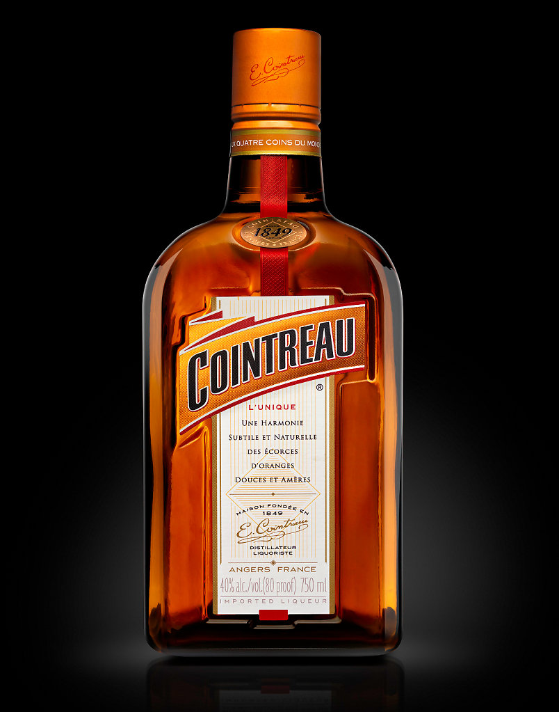 Cointreau-bottle-black-US-copie.jpg